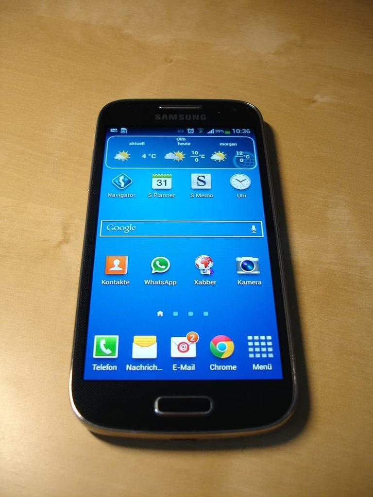 المكالمات على اندرويد 1 768x1024 - شرح كيف احظر المكالمات المزعجة على الاندرويد و الايفون ال جي و HTC و الهواوي .!
